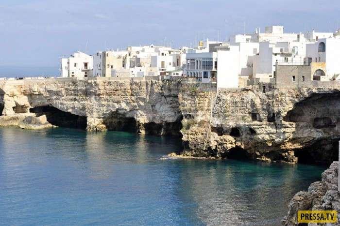 Красивые города построенные на скалах (49 фото)