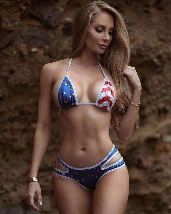 Красивая фитнес модель и просто обаятельная девушка - Аманда Элис Ли