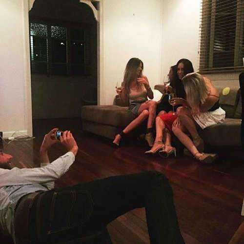 Бойфренды Инстаграма, или кто делает красивые фото девушек (28 фото)