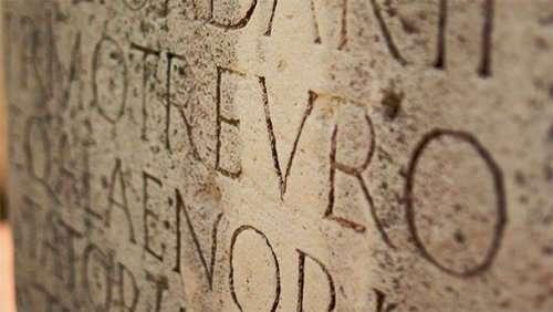 Топ-25: самые известные латинские фразы, ставшие крылатыми