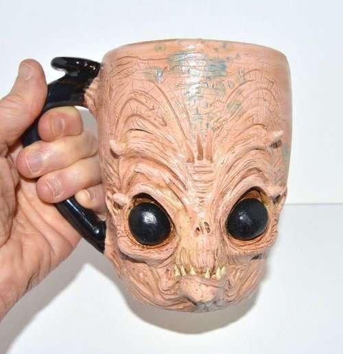 Кружки-монстры ручной работы от Джо Скрэвиса (11 фото)