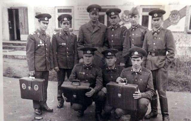 """Что нельзя было делать """"дембелю"""" в советской армии?"""