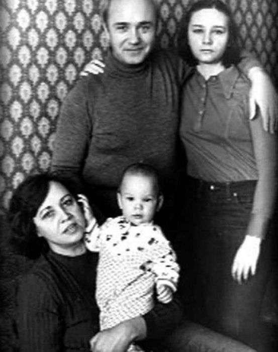Как выглядят и чем занимаются дети известных советских актеров (47 фото)