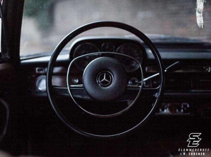 Классический Mercedes-Benz 280S, попавший в правильные руки (8 фото)