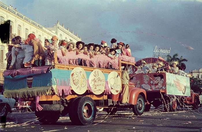 Яркие фото 1954 года Кубы, которая выглядит действительно как свободная страна