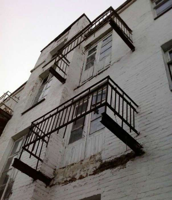 18 эпичных балконов, которые сразят наповал своим дизайном и содержимым