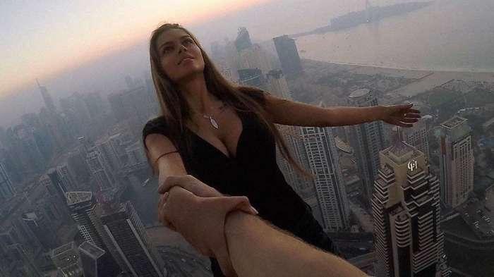 сцепления Комплект русский клип женщина на крыше новостройках Новодрожжино