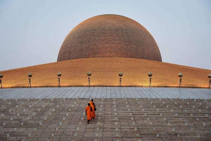 Космический храм Таиланда Ват Пхра Дхаммакая