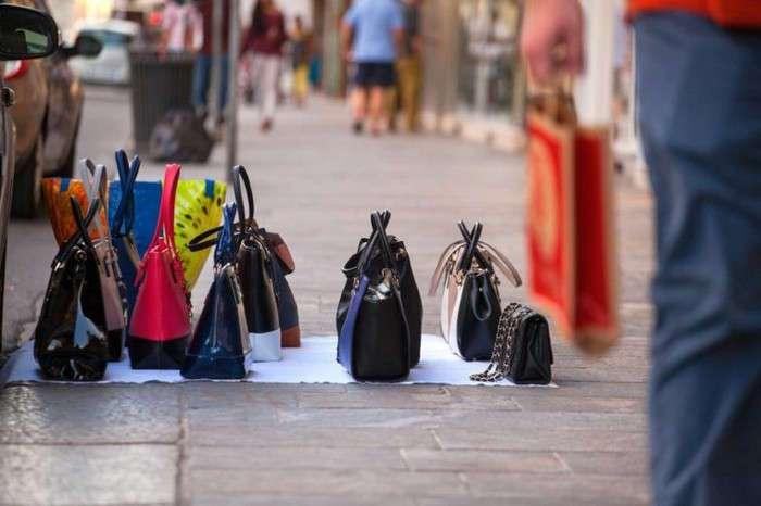 Кот в мешке и трудности возврата: 10 вещей, которые точно не стоит покупать онлайн