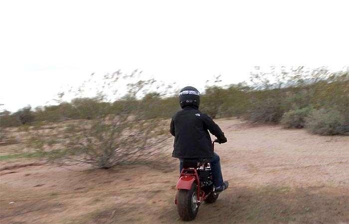 Назад в детство: крошечный мотоцикл для быстрой езды