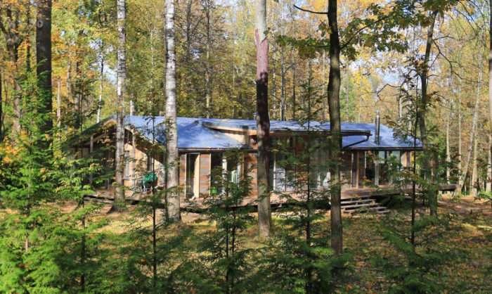 Дом, который можно построить за 10 дней: модульный коттедж в Московской области
