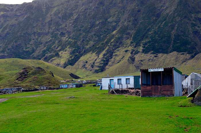 В остров Цивили недвижимость