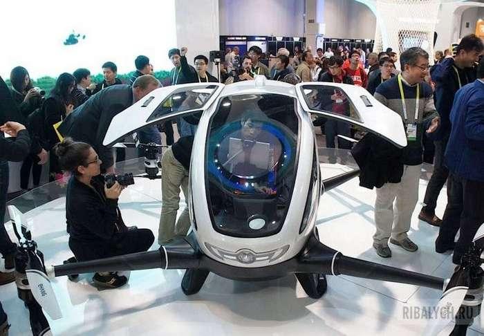 Помните фильм: &171;Гостья из будущего&187; ? В общем встречаем Ehang 184 пассажирский беспилотник (9 фото)
