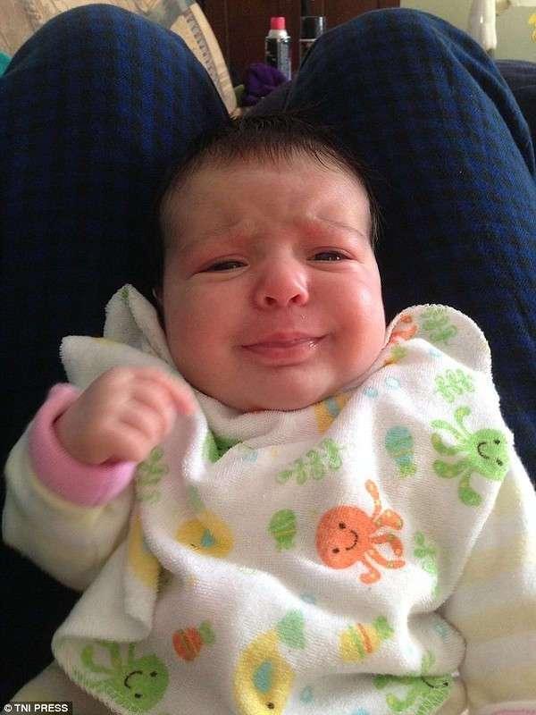 Уморительные лица младенцев в момент максимального сосредоточения
