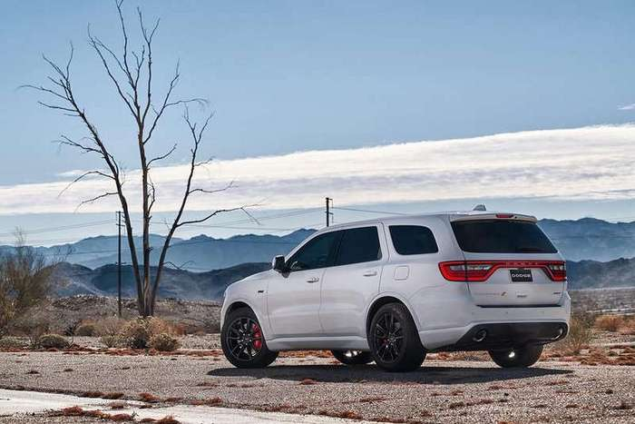 Dodge Durango SRT - cамый быстрый 7-местный кроссовер