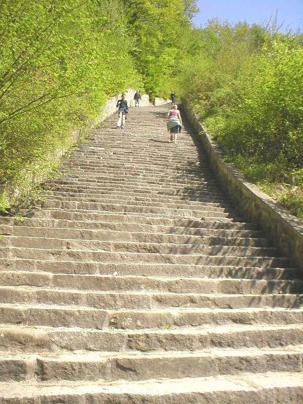 История концлагеря Маутхаузен и его лестницы