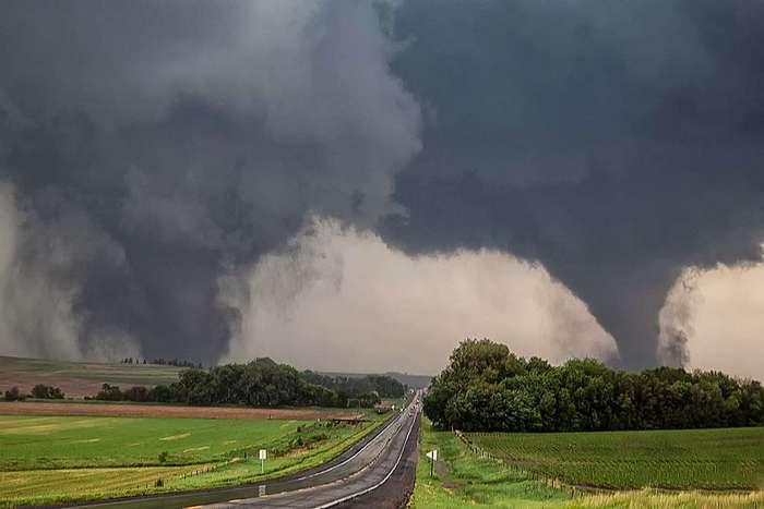 Шикарные фото ураганов и торнадо