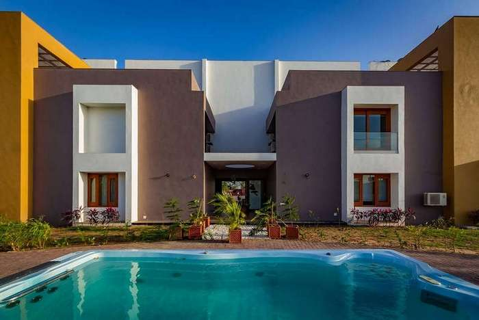 Дом для двух семей в Индии