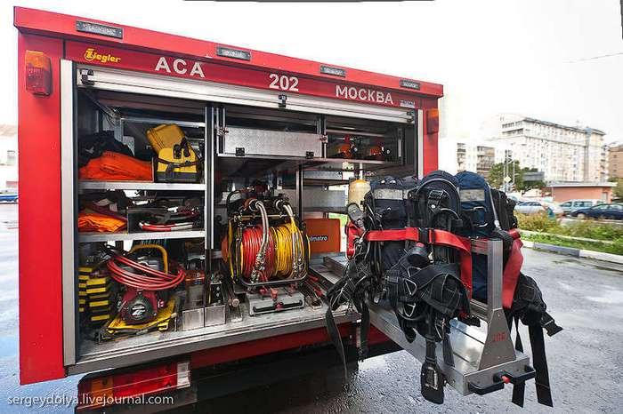 Как устроена пожарная часть