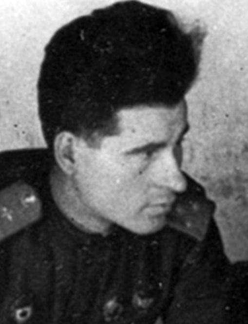 Легендарному лётчику-бомбардировщику Жугану исполнилось 100 лет