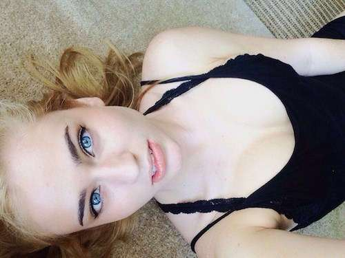 Фото самых красивых девушек. Чертовски красивые с ШИКарными формами 290317-108-31
