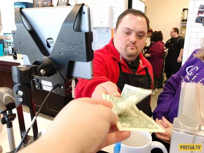 Кафе в штате Иллинойс, в котором работают люди с синдромом Дауна (4 фото)