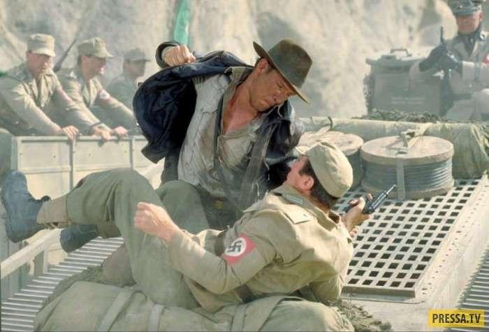 Самые позорные ляпсусы голливудских костюмеров (17 фото)