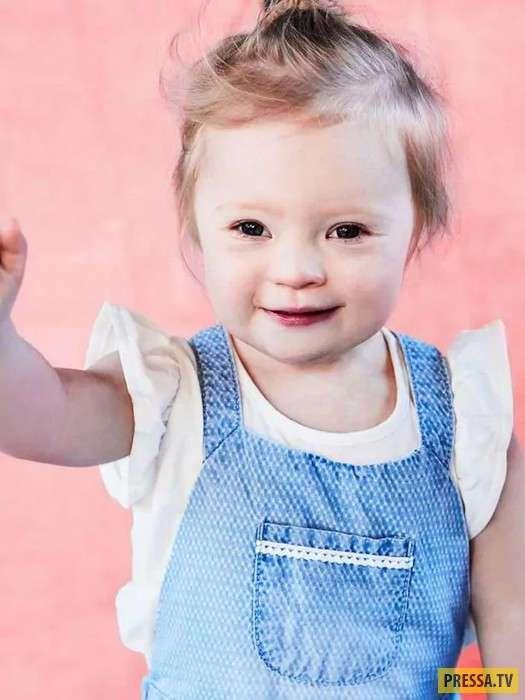 Лили - 2-летняя девочка с синдромом Дауна, делает успехи в рекламном бизнесе (7 фото)