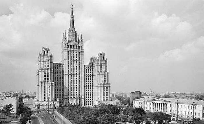 Самые любопытные факты о сталинских высотках (10 фото)