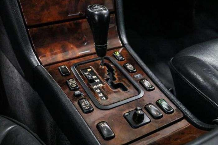 Пикап Mercedes-Benz E-Class на продажу (10 фото)