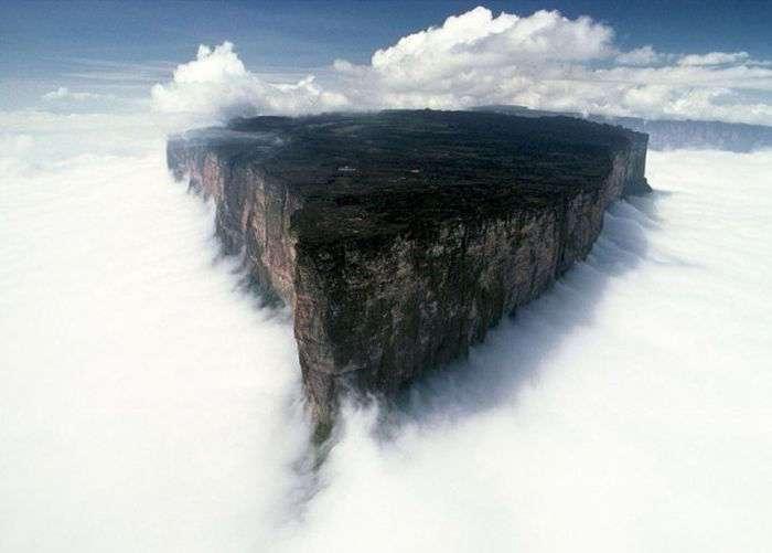 Удивительные места на планете, которые вы непременно захотите увидеть воочию (54 фото)