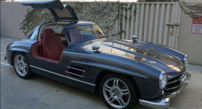 Реплика Mercedes-Benz Gullwing с современной начинкой (7 фото)