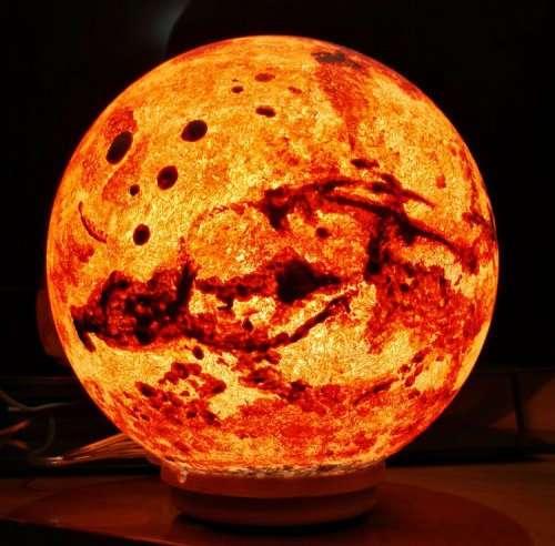 Чарующие лунные лампы, создающие идеальную атмосферу (10 фото)