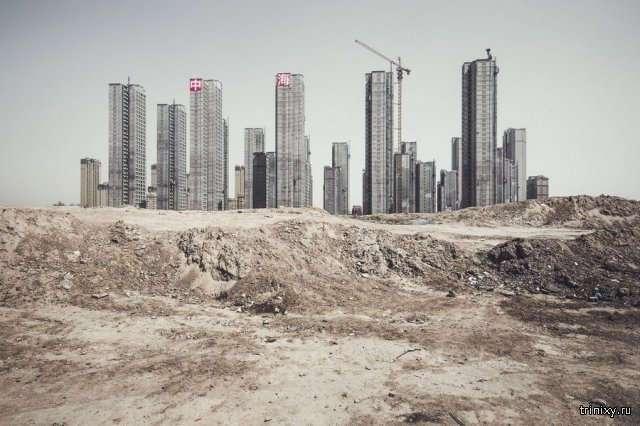 Незаселенные города-призраки в Китае (9 фото)