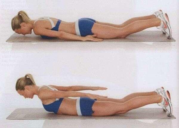 Вот как можно убрать складки на спине, вернуть себе гладкую кожу и забыть об этой проблеме