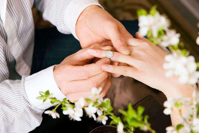 12 деталей, которые заставляют мужчину представлять вас своей женой