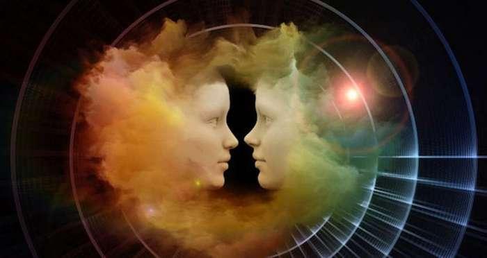 12 способов понять, что перед вами друг, любовник или враг из прошлой жизни
