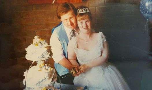 Все осуждали эту мать за то, что она позволила дочери с синдромом Дауна выйти замуж. 22 года спустя они пожалели об этом...