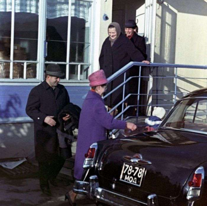 Малоизвестные факты о первом космонавте планеты Юрии Гагарине (55 фото)