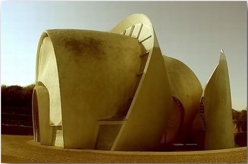 Футуристические здания позднего СССР, которые кажутся иллюстрациями к фэнтези