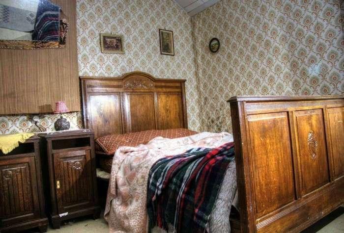 В заброшенном доме время остановилось в 1960-х годах