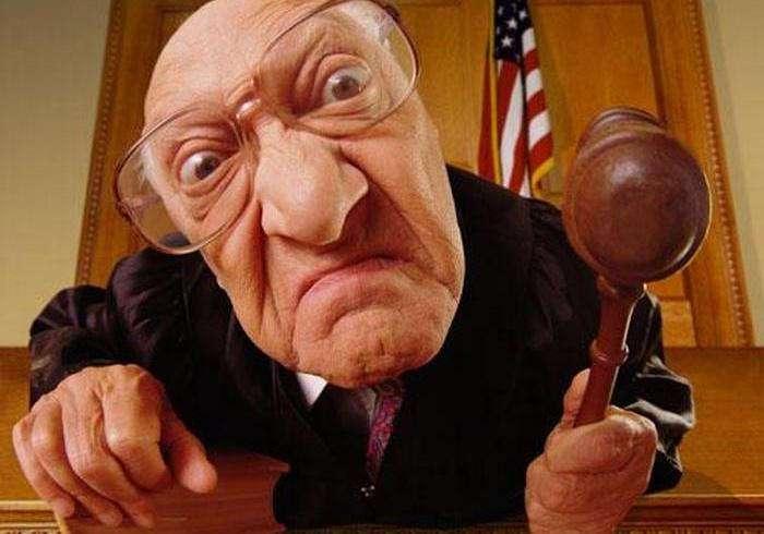 15 самых глупых и нелепых законов, которые вызывают недоумение