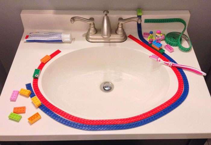 Лента для Lego – теперь конструктор можно крепить где угодно