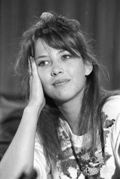 Молодая и прекрасная: редкие и малоизвестные фото юной Софи Марсо