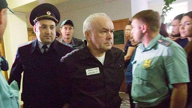 """Экс-главу """"Мостовика"""" Шишова выпустили из колонии по УДО"""