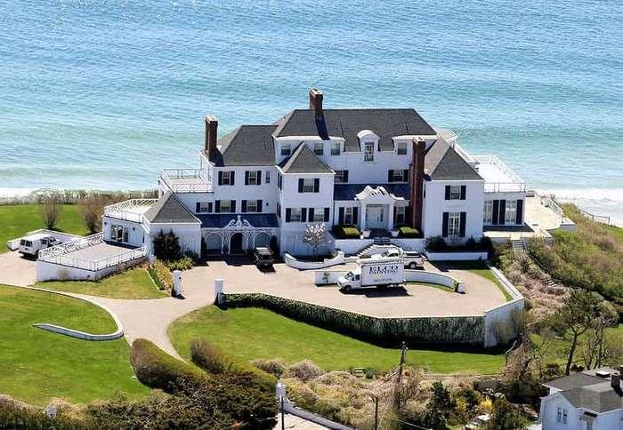 Самые экстравагантные дома знаменитостей