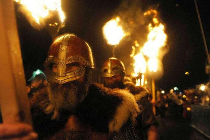Что Голливуд всегда неправильно показывает в фильмах о викингах