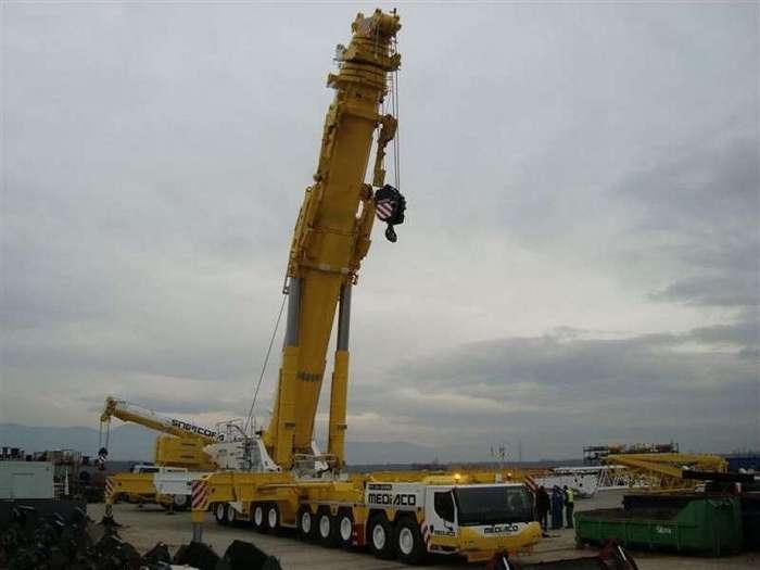 Самый большой автомобильный кран в мире