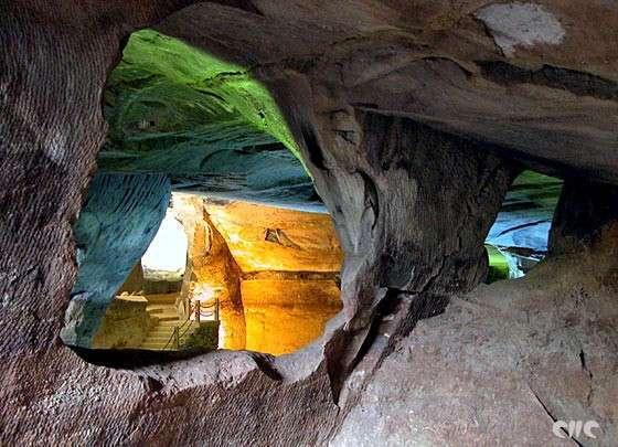 Загадка древних пещер Хуашань