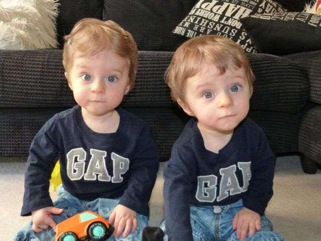 Родители думали, что неродившиеся близнецы машут им с экрана. Но правда была куда страшнее…